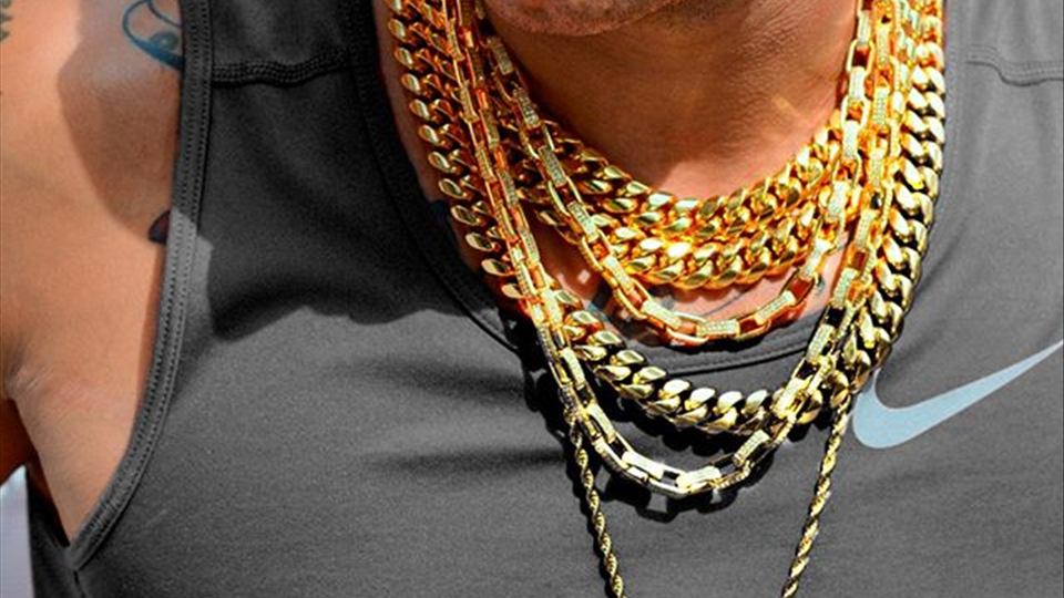 Stacks on stacks of gold chains from Hip Hop Bling