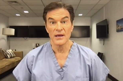 Dr. Oz Saves Man's Life at Newark Airport After He Collapsed, Flatlined